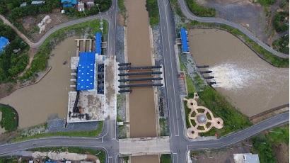 ภาพแสดงโครงการเพิ่มประสิทธิภาพการบริหารจัดการน้ำบริเวณประตูระบายน้ำบางโฉมศรี